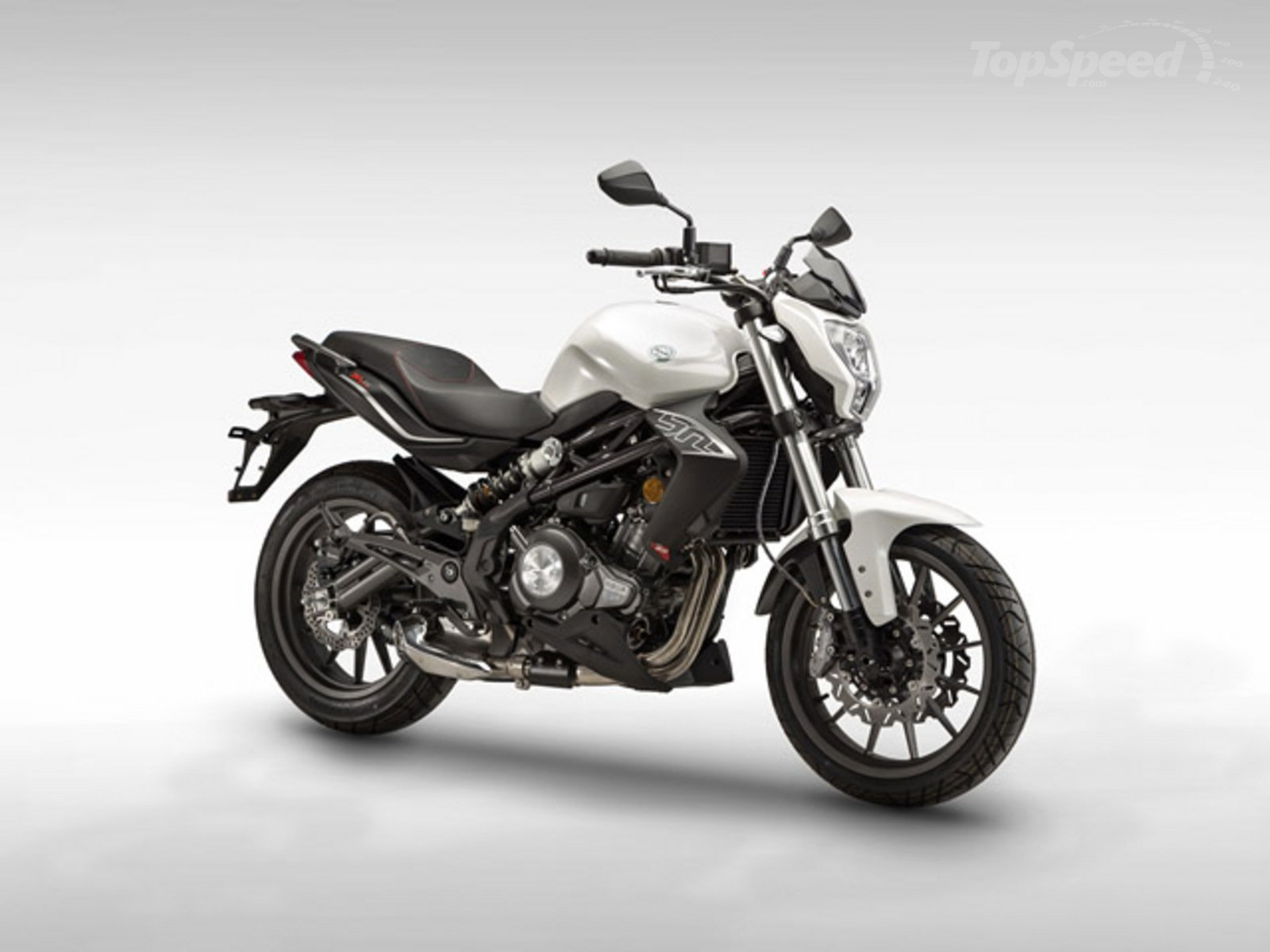 Benelli BN 302 S - Fastmotor