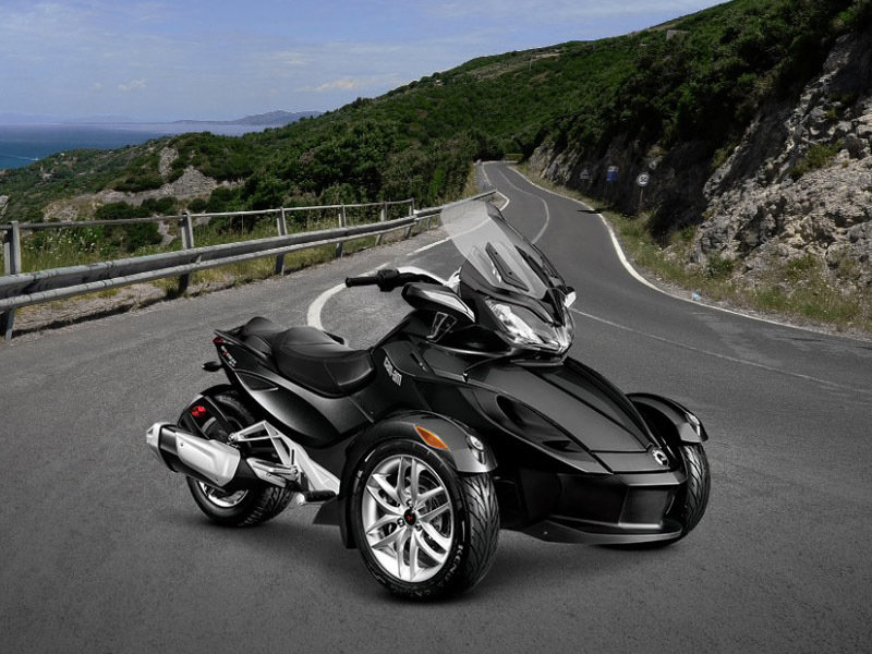 2015 Can-Am Spyder ST Exterior - image 579022