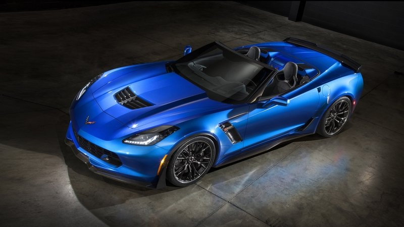2015 Chevrolet Corvette Stingray with Z06 Concept Parts
