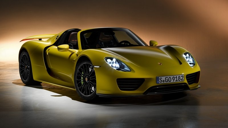 Porsche 918 Spyder To Sell Out By December 911 Could Get Plug In Hybrid