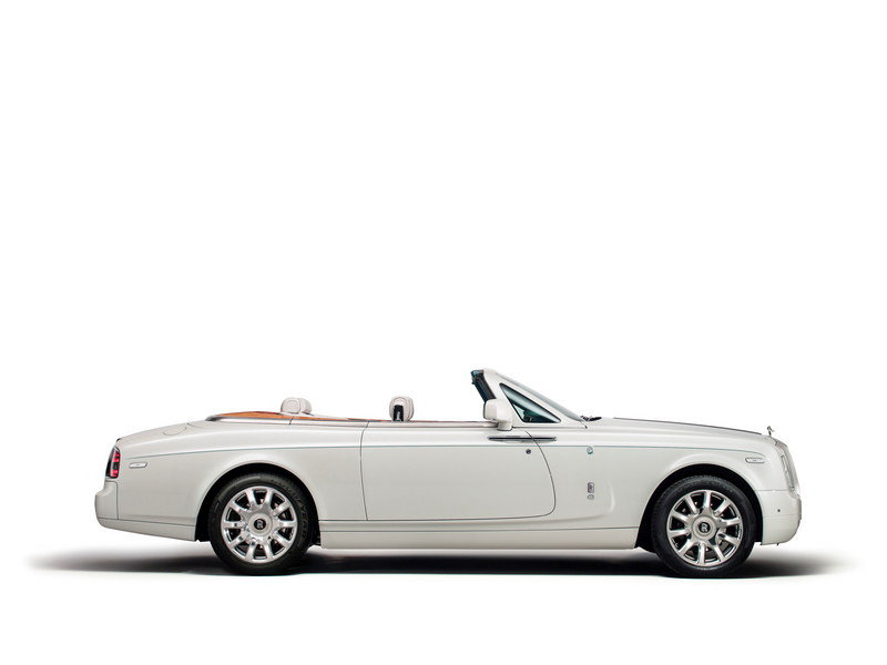 2015 Rolls-Royce Maharaja Phantom Drophead Coupe High Resolution Exterior - image 577467