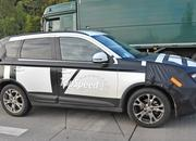 Spy Shots: Facelifted Mitsubishi Outlander Caught Testing - image 577100
