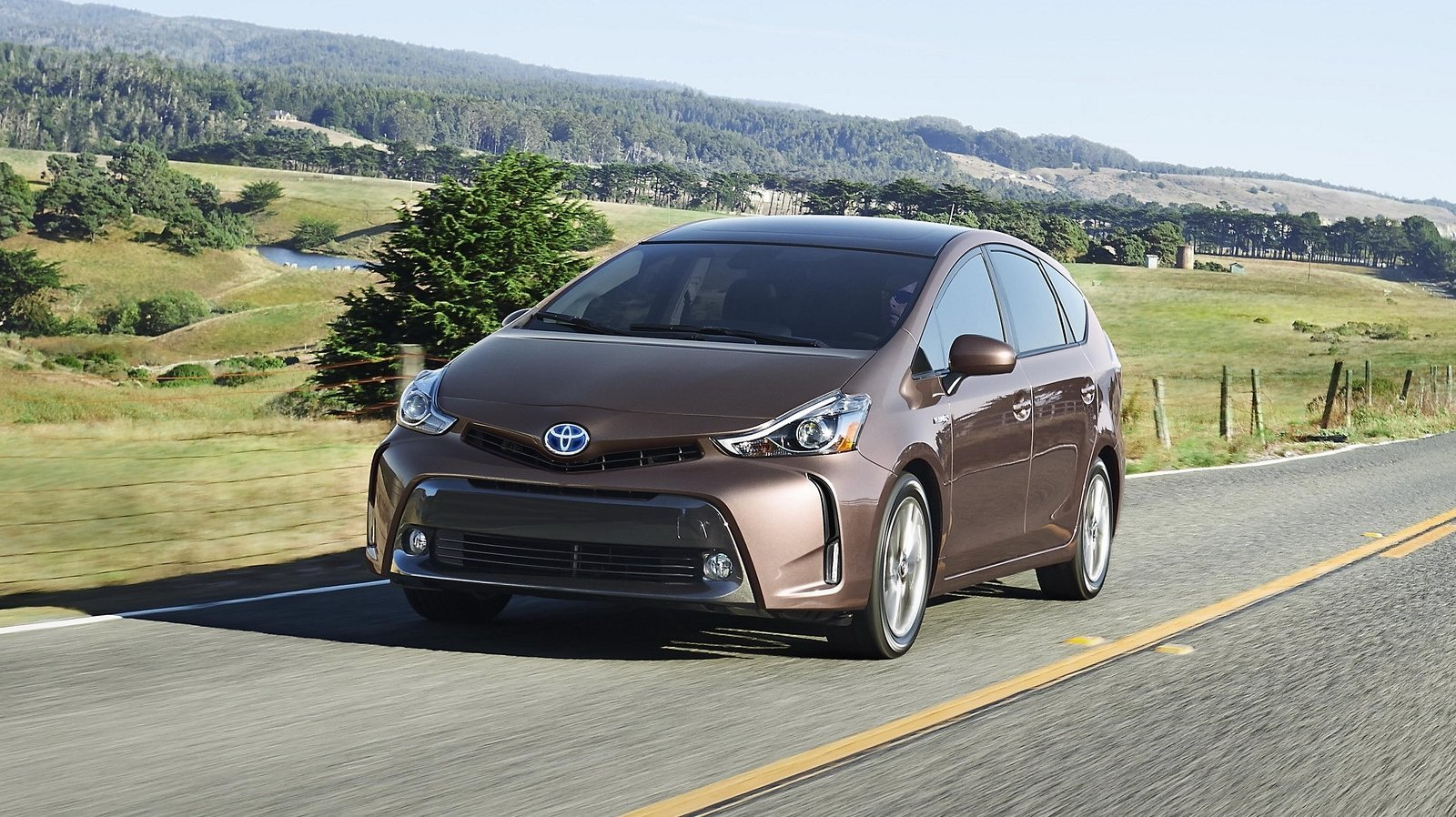 2015 toyota prius v review top speed. Black Bedroom Furniture Sets. Home Design Ideas