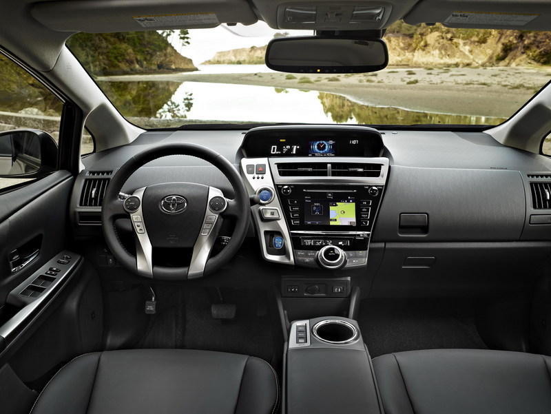 2015 Toyota Prius v High Resolution Interior - image 579135
