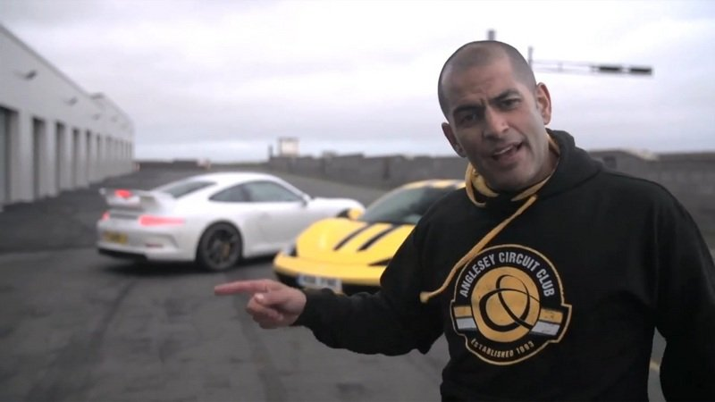 Video: Chris Harris Puts a Ferrari 458 Speciale Against a Porsche 991 GT3