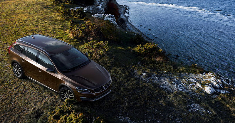 2015 Volvo V60 Cross Country High Resolution Exterior - image 576276