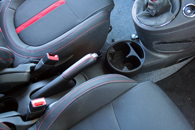 2014 Fiat 500 Abarth - Driven Interior - image 599532