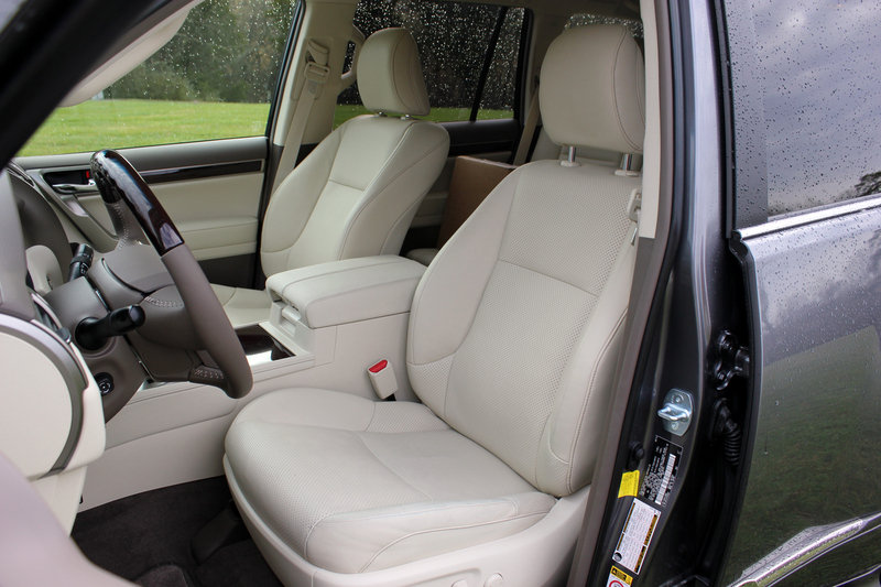 2015 Lexus GX 460 - Driven Interior - image 608277