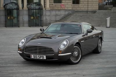 The Jaguar XKR-based Dave Brown Automotive Speedback GT is modern British awesomeness wrapped up in a neo-retro package.