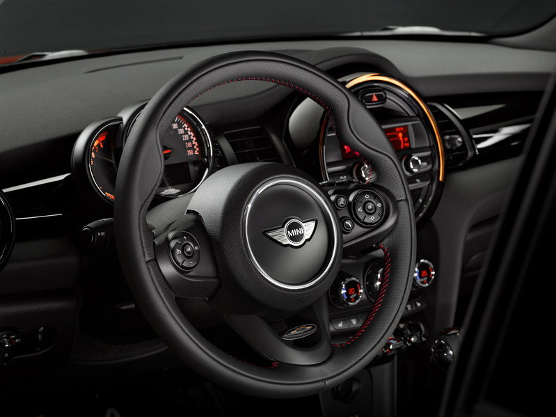 2015 Mini John Cooper Works Hardtop Interior - image 585545