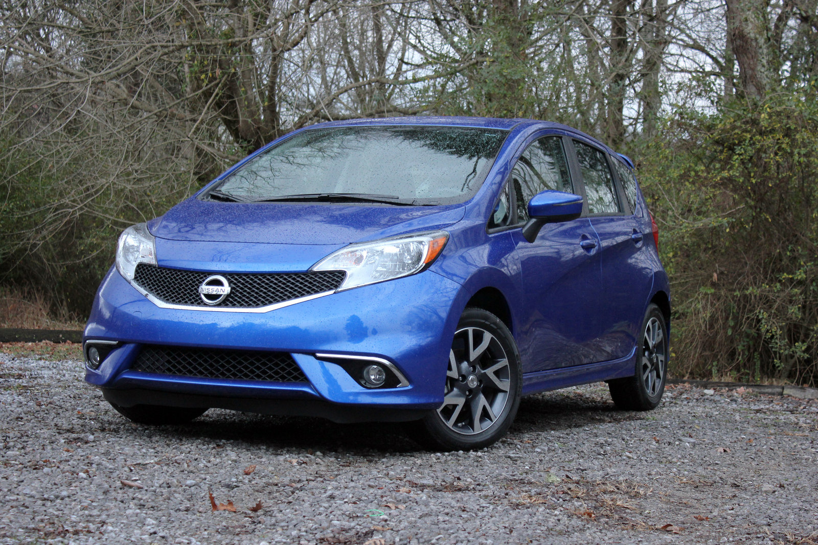 2015 nissan versa note sr driven picture 585800 car review top speed. Black Bedroom Furniture Sets. Home Design Ideas