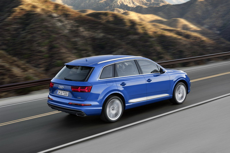 Mercedes GLE vs Audi Q7 High Resolution Exterior - image 585675