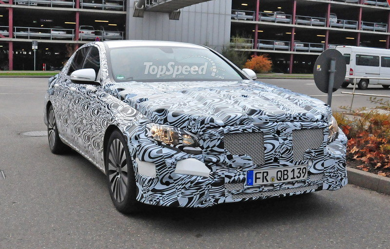 Spy Shots: Mercedes E-Class Spied Inside and Out Spyshots - image 580891