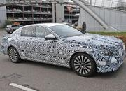 Spy Shots: Mercedes E-Class Spied Inside and Out - image 580892