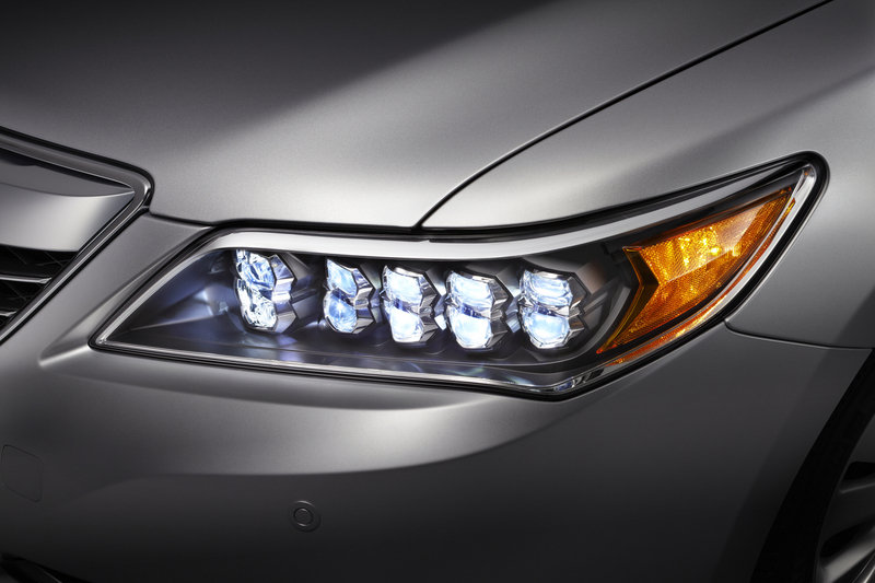 Acura Recalls 2014-2015 RLX for Faulty Headlight Assemblies