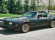 Burt Reynolds' 1977 Pontiac Trans Am Sells for $480k - image 585979