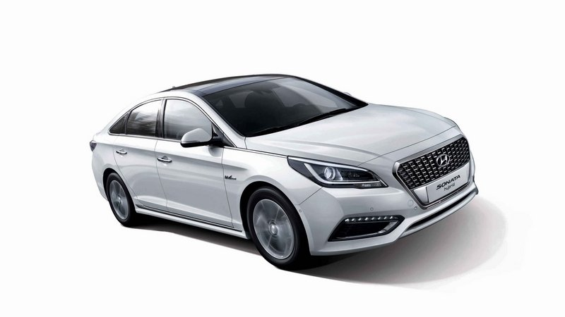 Hyundai Plans To Add Subcompact Hybrid EVs in 2016