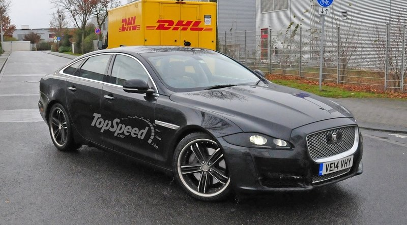 Spy Shots: 2016 Jaguar XJ Caught With No Camouflage