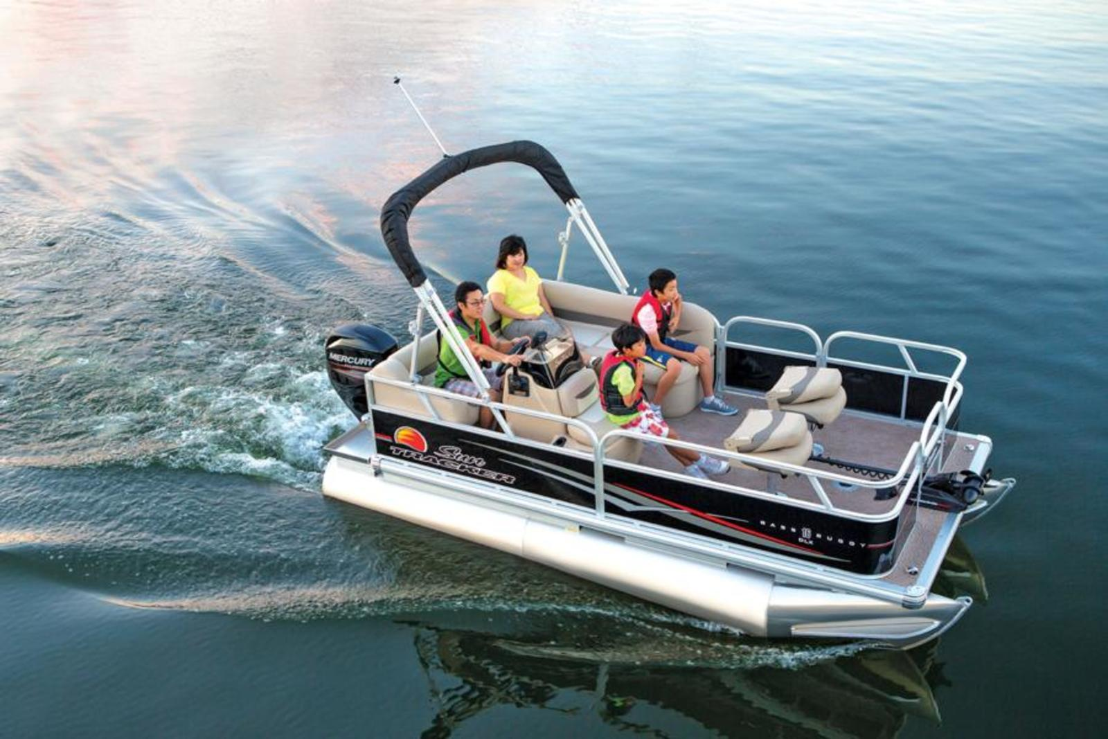 2014 sun tracker bass buggy 16 dlx review top speed for Fishing pontoon boat reviews