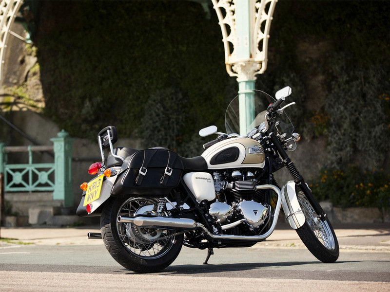 2015 Triumph Bonneville T100 High Resolution Exterior - image 581763