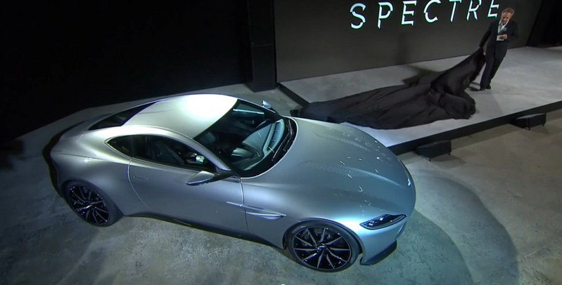 Aston Martin DB10 Live Unveiling: Video
