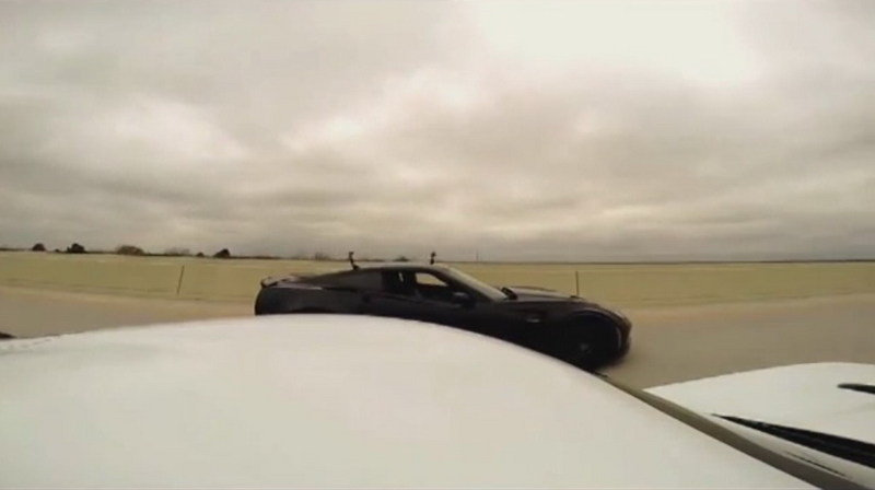 Chevrolet Corvette Z06 Vs. Dodge Viper TA: Video