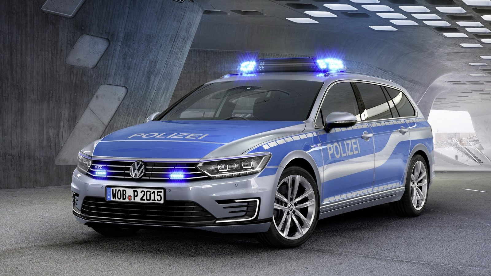 2015 volkswagen passat gte police car picture 600401 car review top speed. Black Bedroom Furniture Sets. Home Design Ideas