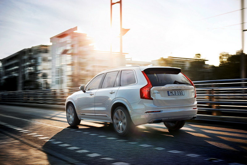 2016 Volvo XC90 T8 High Resolution Exterior - image 581680