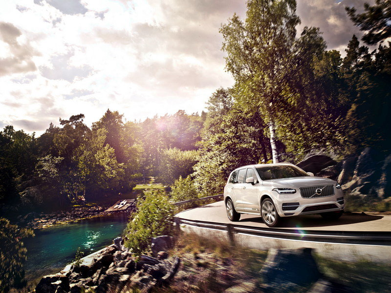 2016 Volvo XC90 T8 High Resolution Exterior - image 581683