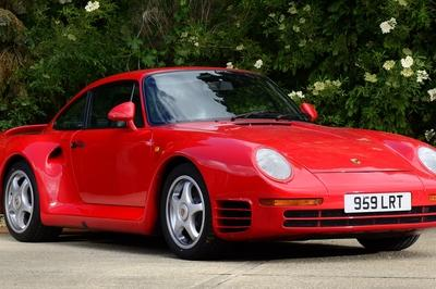 The Porsche 959 was an icon o fits time; it was luxurious, sexy and downright fast. It is arguably responsible for the awesome supercars that we see today.