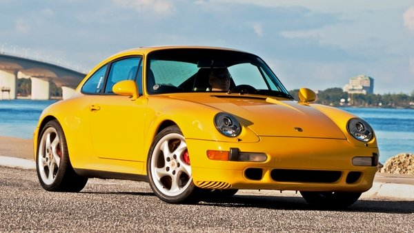 The last of the air-cooled models, the 911 (993) remains an icon to this very day. Check out our historical review at TopSpeed.com.