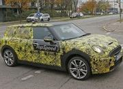 Spy Shots: Mini Clubman Spied Inside and Out - image 608949