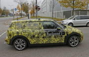 Spy Shots: Mini Clubman Spied Inside and Out - image 608950