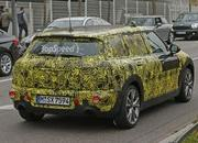 Spy Shots: Mini Clubman Spied Inside and Out - image 608952