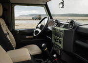 2015 Land Rover Defender Heritage Edition - image 609258