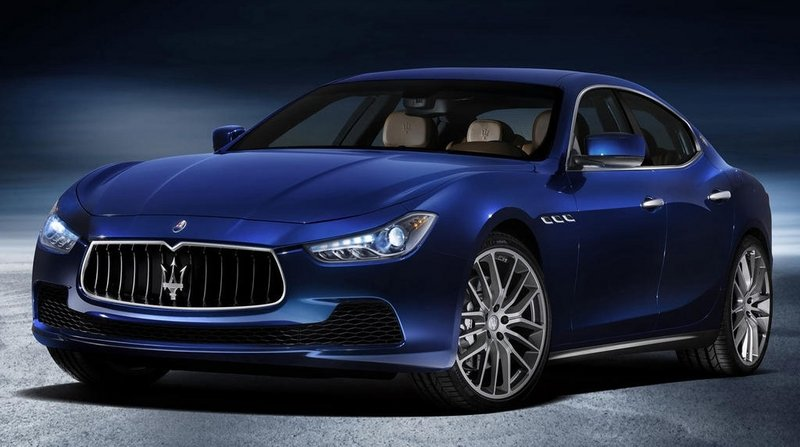 2015 Maserati Ghibli Joins the Avis Rental Car Fleet