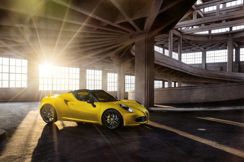 Wallpaper of the Day: 2016 Alfa Romeo 4C Spider