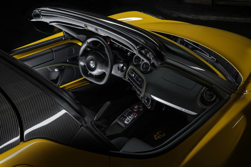 2016 Alfa Romeo 4C Spider High Resolution Interior - image 610353