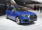 Second-Generation Audi Q7 Revealed in Detroit - image 610935
