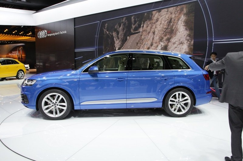 Second-Generation Audi Q7 Revealed in Detroit