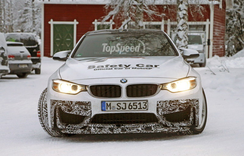 Spy Shots: BMW M4 GTS Testing in the Snow Exterior Spyshots - image 611476