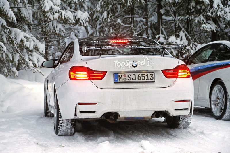 Spy Shots: BMW M4 GTS Testing in the Snow Exterior Spyshots - image 611470