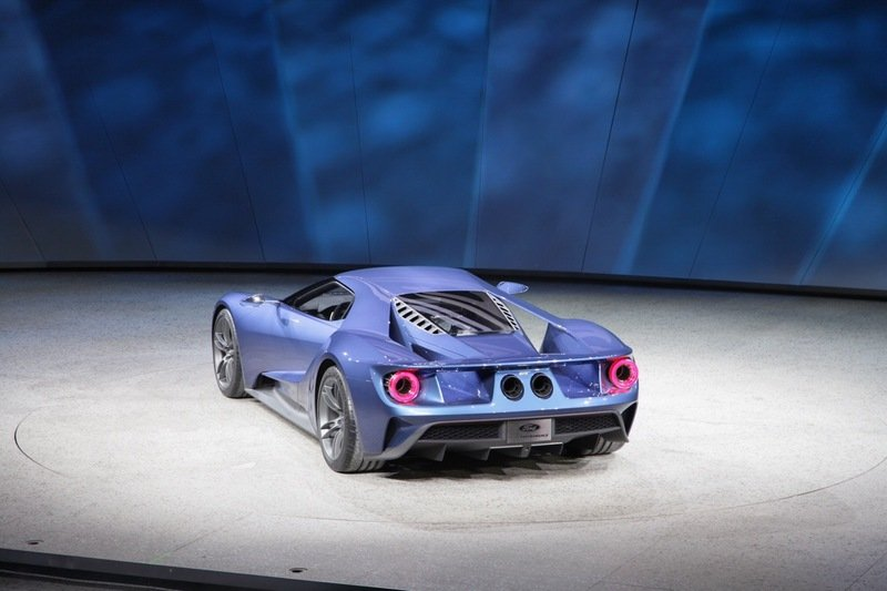 2017 Ford GT Exterior - image 610609