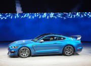 2016 Ford Shelby GT350R Mustang - image 610701