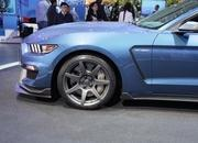 2016 Ford Shelby GT350R Mustang - image 610711