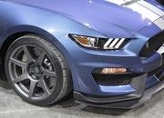 2016 Ford Shelby GT350R Mustang - image 612620