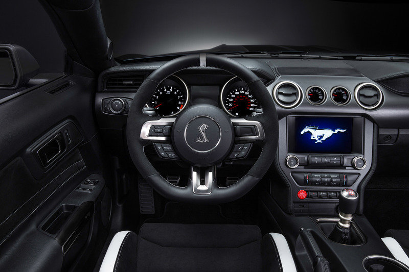 2016 Ford Shelby GT350R Mustang Interior - image 610244