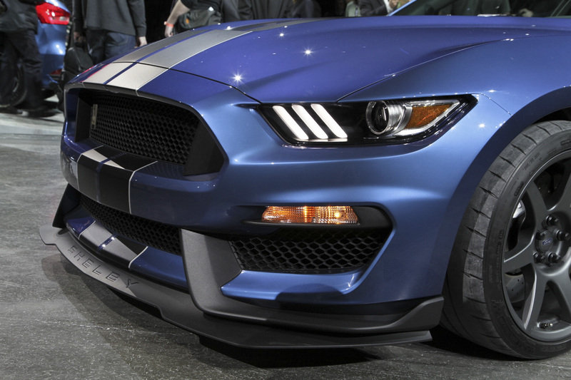 2016 ford shelby gt350r mustang gallery 612630 top speed. Black Bedroom Furniture Sets. Home Design Ideas