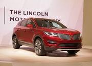 2016 Lincoln MKX - image 613010
