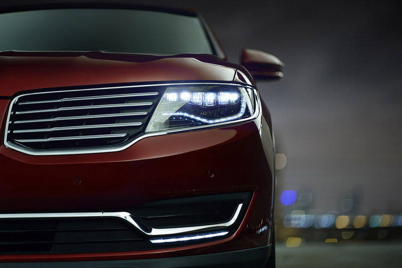 2016 Lincoln MKX High Resolution Exterior - image 610803